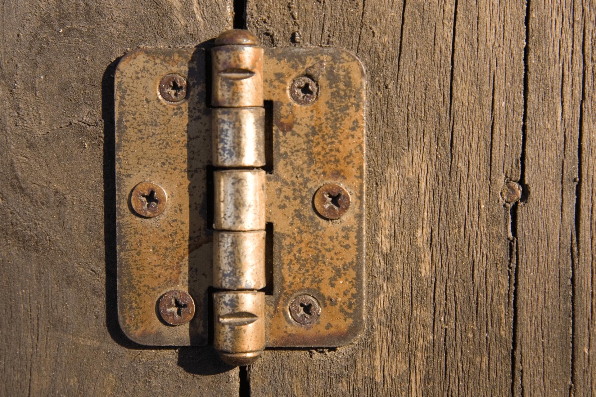 Hvordan smøre hengsler - smøre dørhengsler